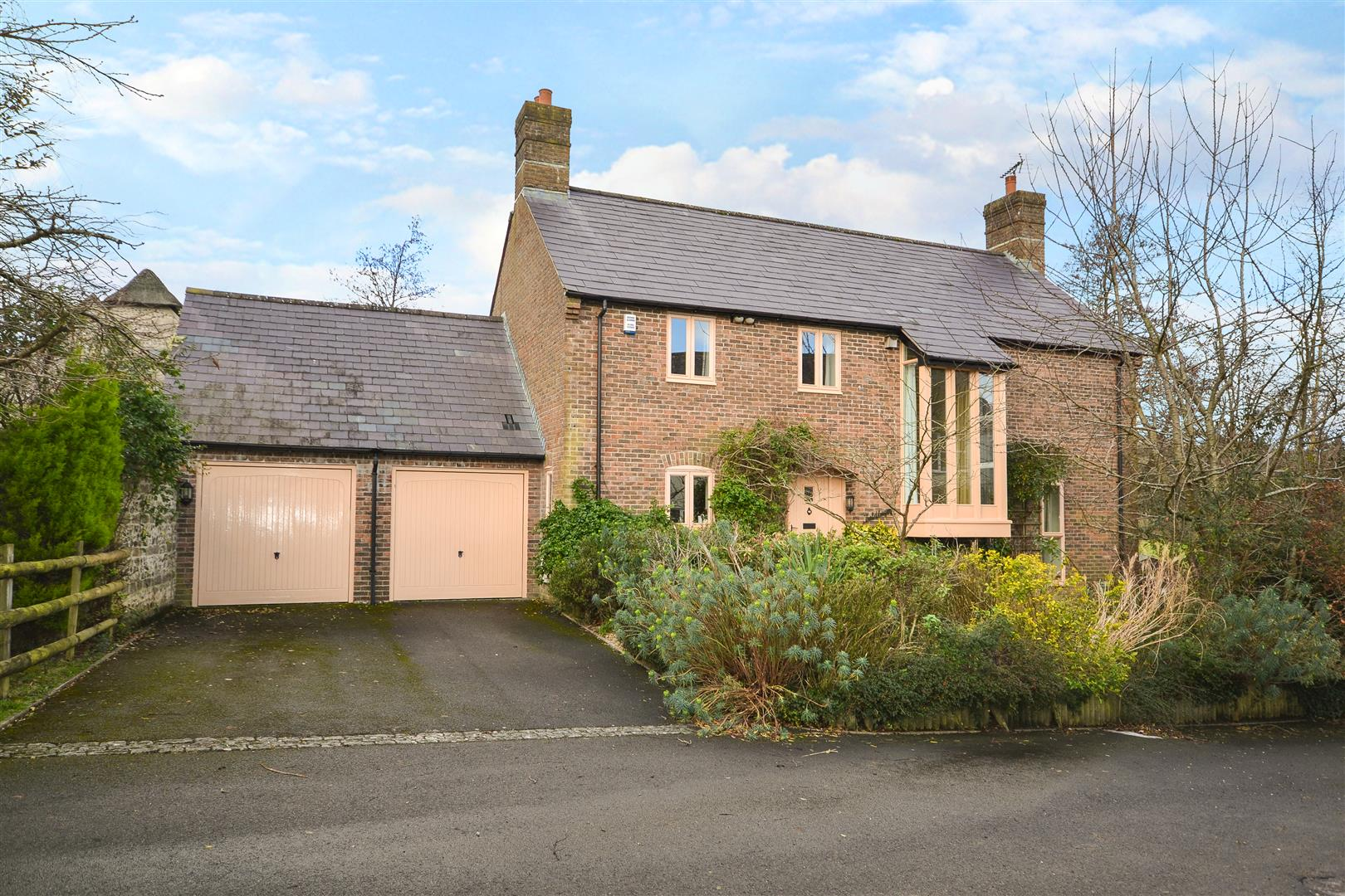 4 Bedrooms Detached House for sale in Southover, Frampton, Dorchester